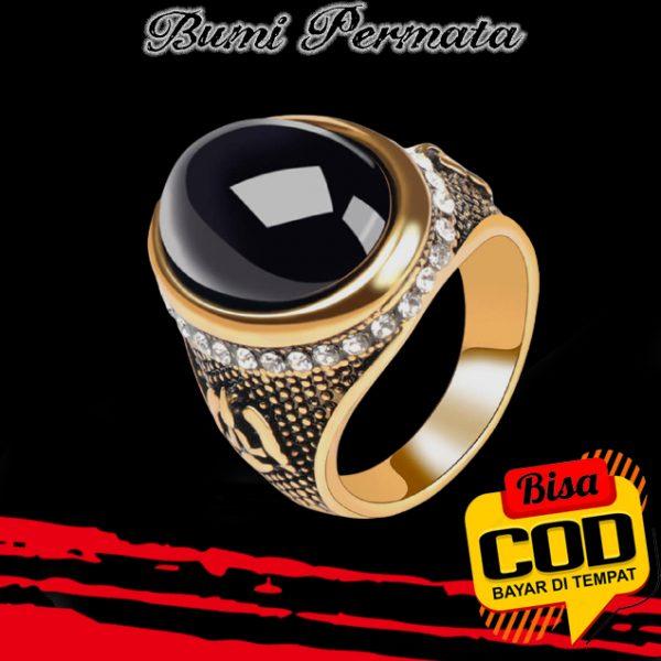 Cincin Lapis Emas Hias Batu Permata Hitam Black Onyx Ukiran Berlian Gaya Vintage Untuk Pria 3