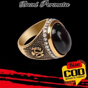 Cincin Lapis Emas Hias Batu Permata Hitam Black Onyx Ukiran Berlian Gaya Vintage Untuk Pria 1